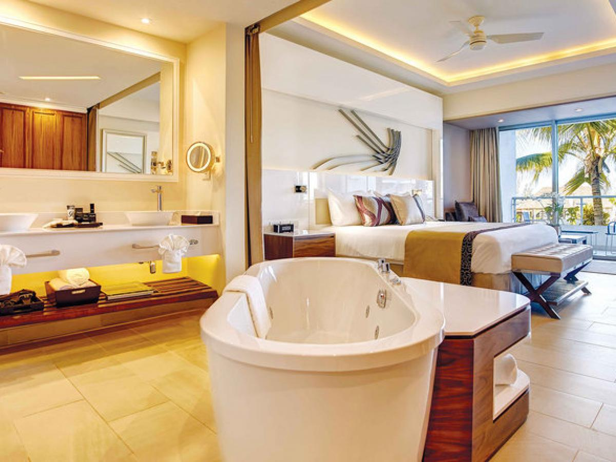 Royalton Blue Waters Montego Bay Jamaica - Luxury Suite Ocean Vi