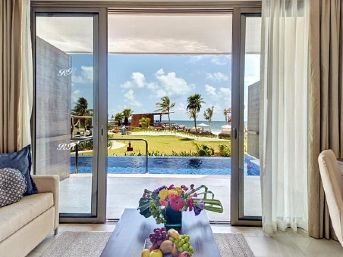 Royalton White Sands Resort Montego Bay Jamaica - Luxury Preside