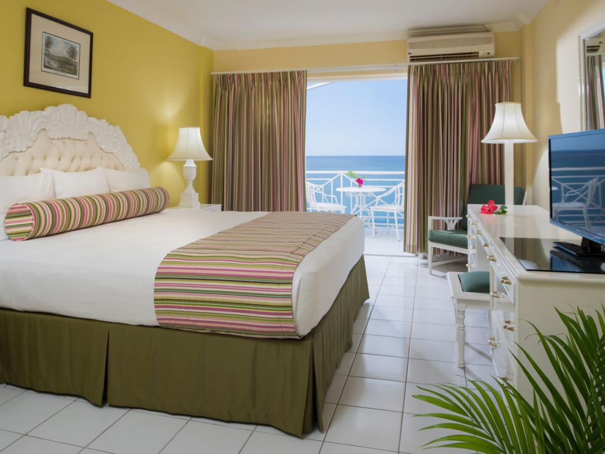 SeaGarden Beach Resort Jamaica - Deluxe Ocean View
