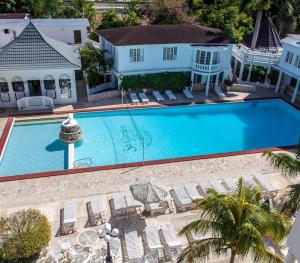 SeaGarden Beach Resort Jamaica - Swimming Pool