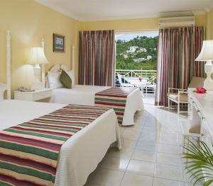 SeaGarden Beach Resort Jamaica - Deluxe Garden View