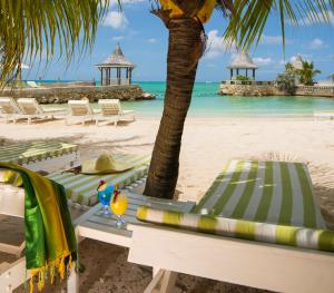 SeaGarden Beach Resort Jamaica - Beach