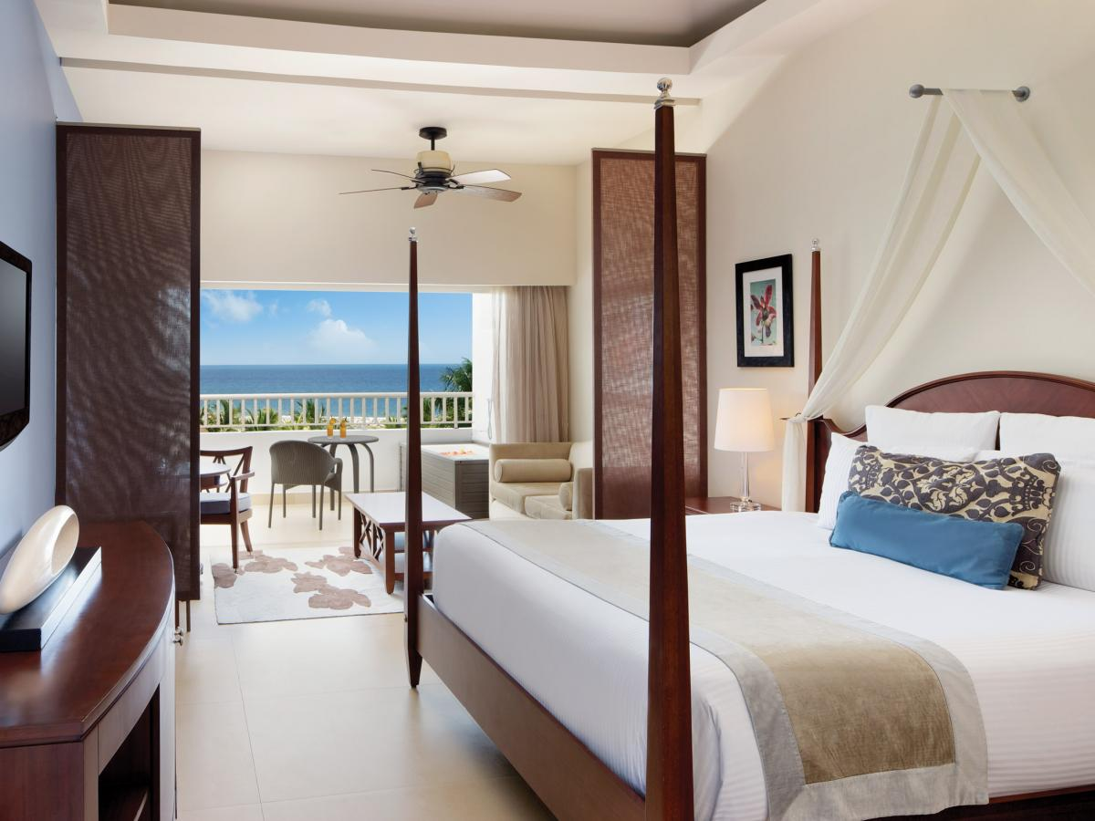 Secrets St James Montego Bay Jamaica - Junior Suite