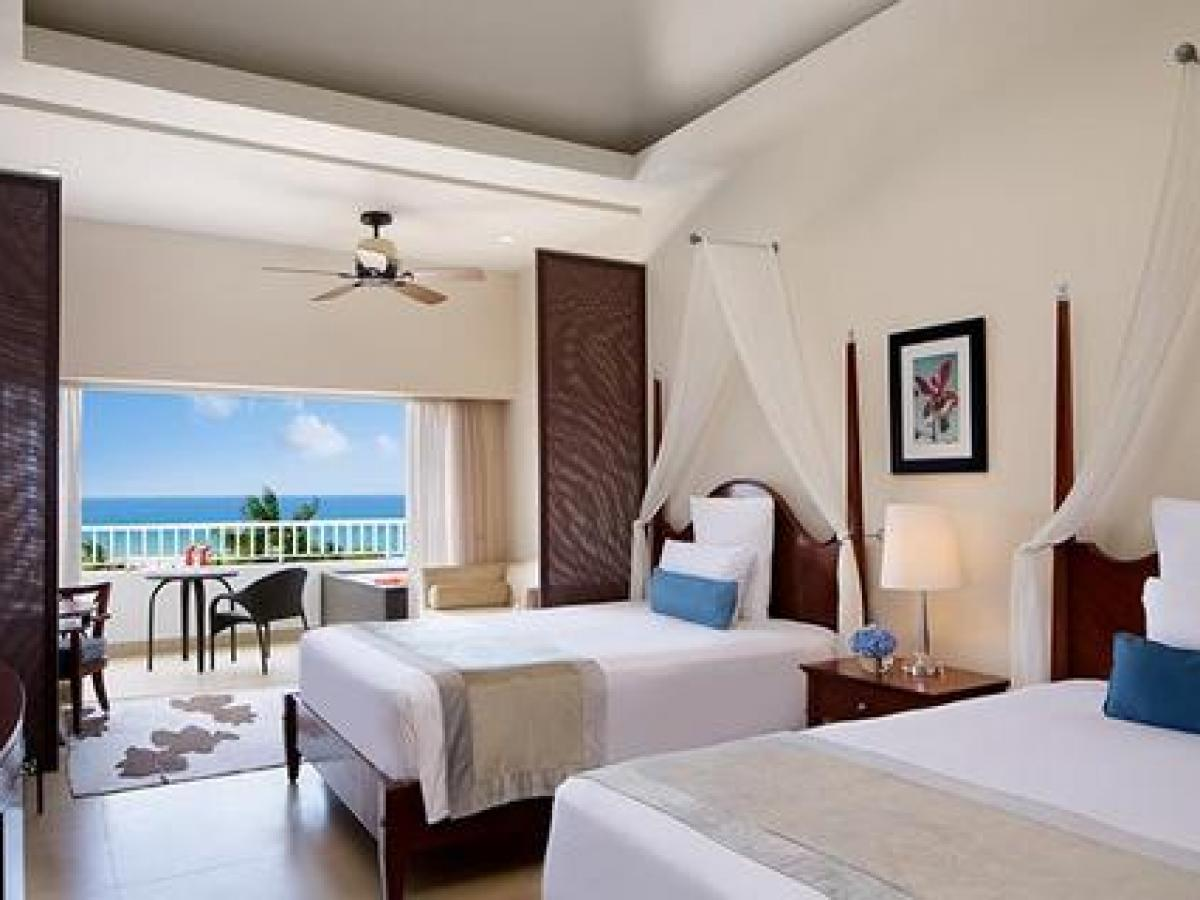 Secrets St James Montego Bay Jamaica - Junior Suite Ocean Front