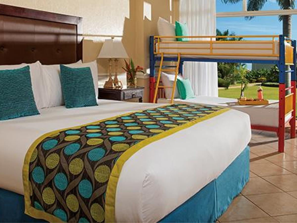 Sunscape Cove  Montego Bay Jamaica - Sun Club Family Garden View