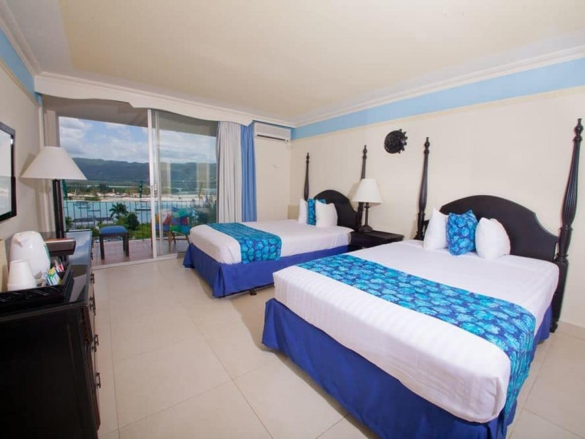 Sunscape Cove Montego Bay Jamaica - Deluxe Bay View
