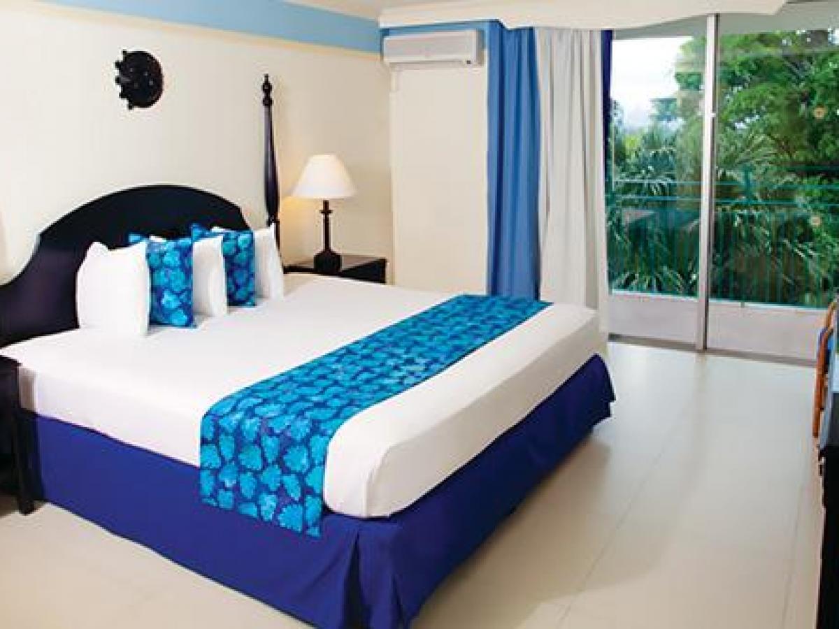 Sunscape Splash Montego Bay Jamaica- Deluxe Resort View