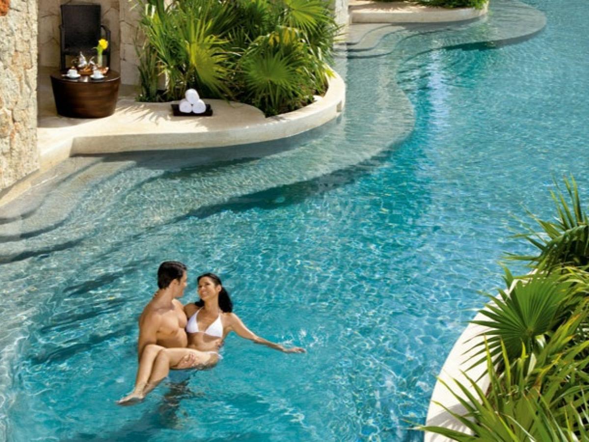 Zoetry Montego Bay Jamaica - Swim Out Room