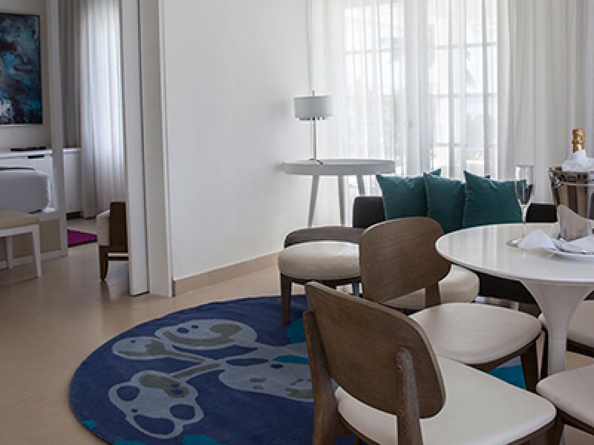 Azul Sensatori Jamaica - Beachfront Honeymoon Suite Living Room