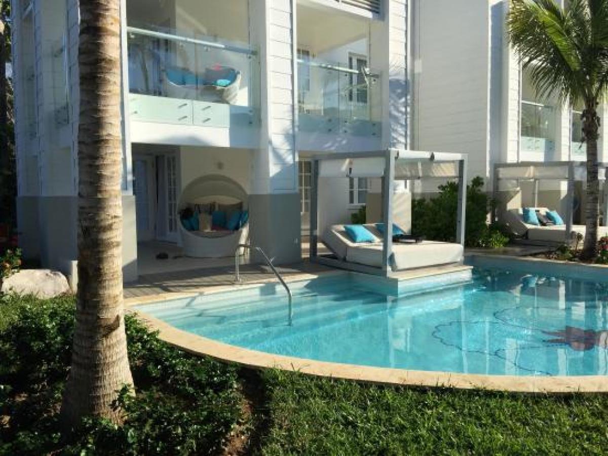 Azul Sensatori Negril Jamaica - Premium Ocean View Honeymoon Suite