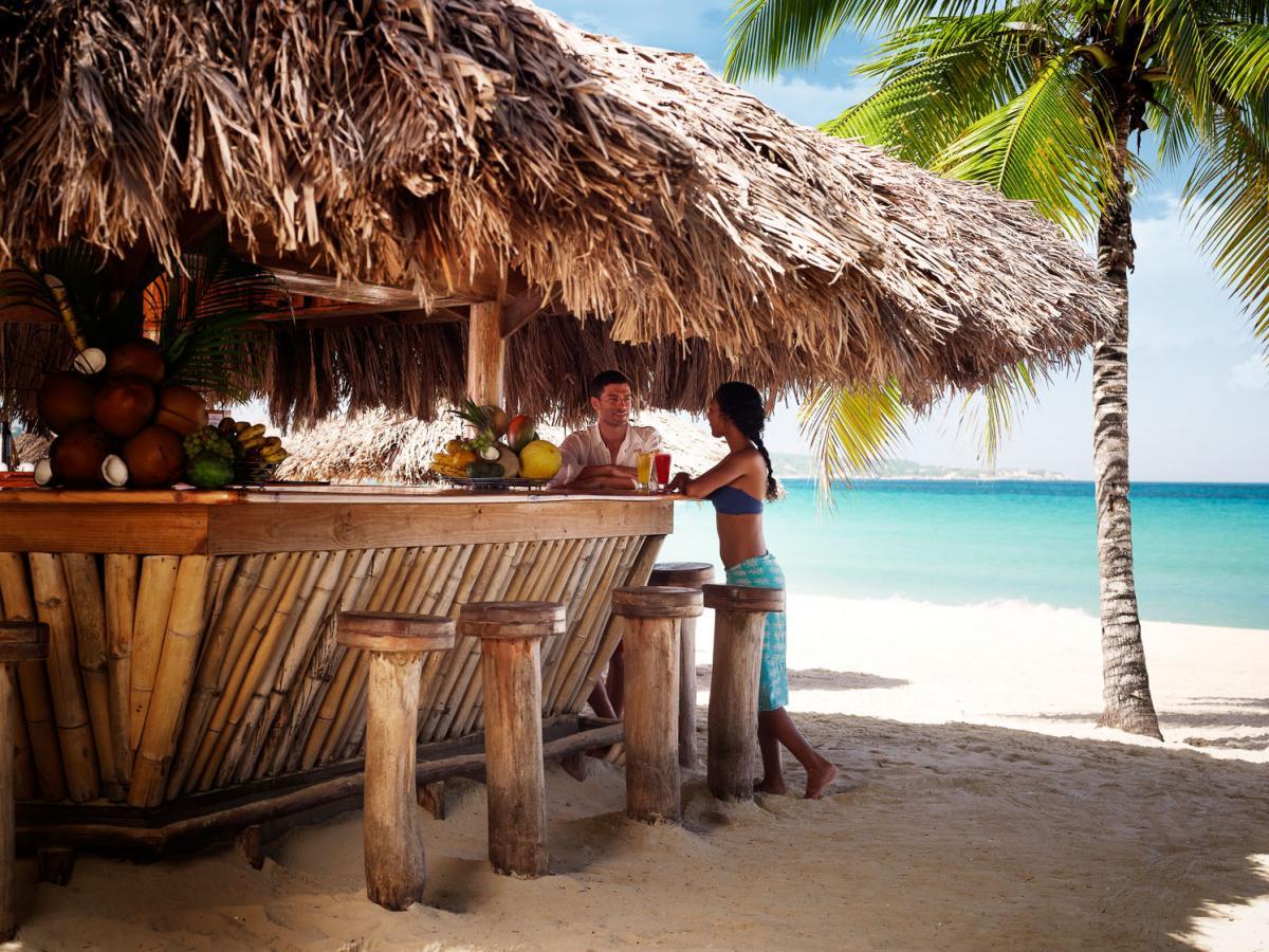 Couples Negril Jamaica - Beach Bar