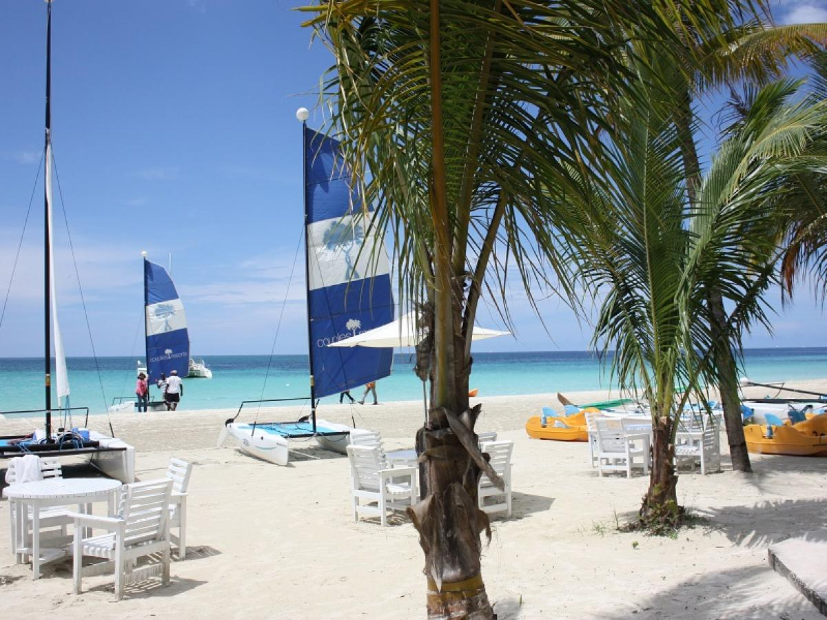 Couples Swept Away Negril Jamaica - Water Sports
