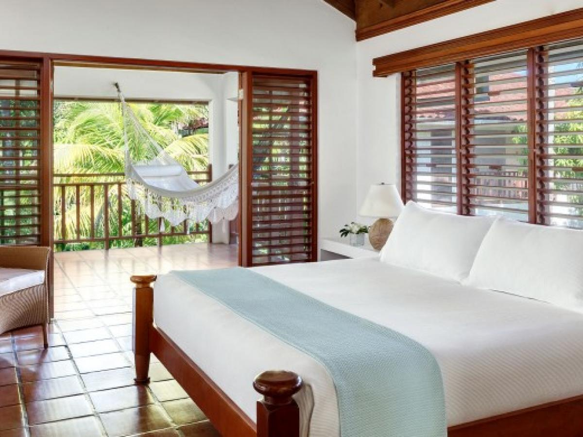 Couples Swept Away Negril Jamaica - Atrium Suite