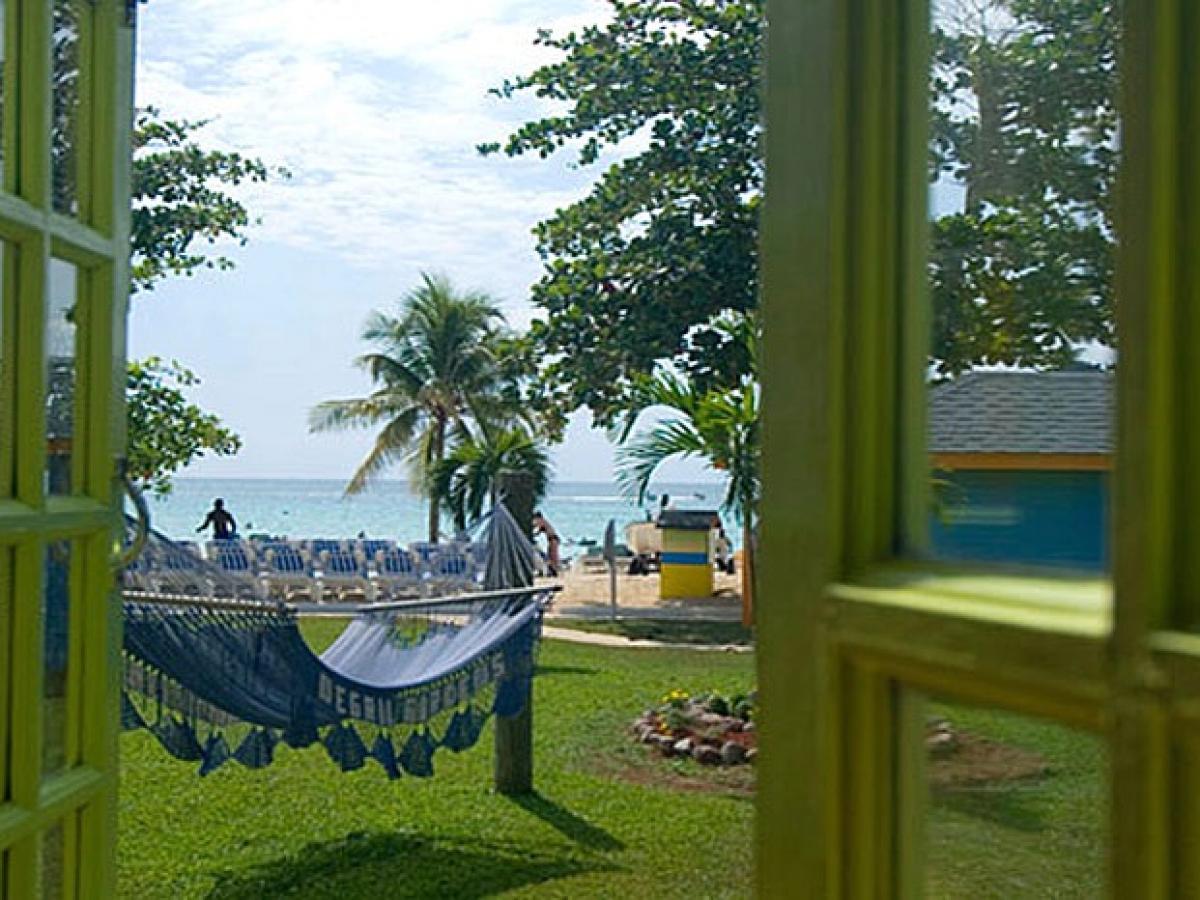Grand Pineapple Beach Negril Jamaica -Beachside Cottage