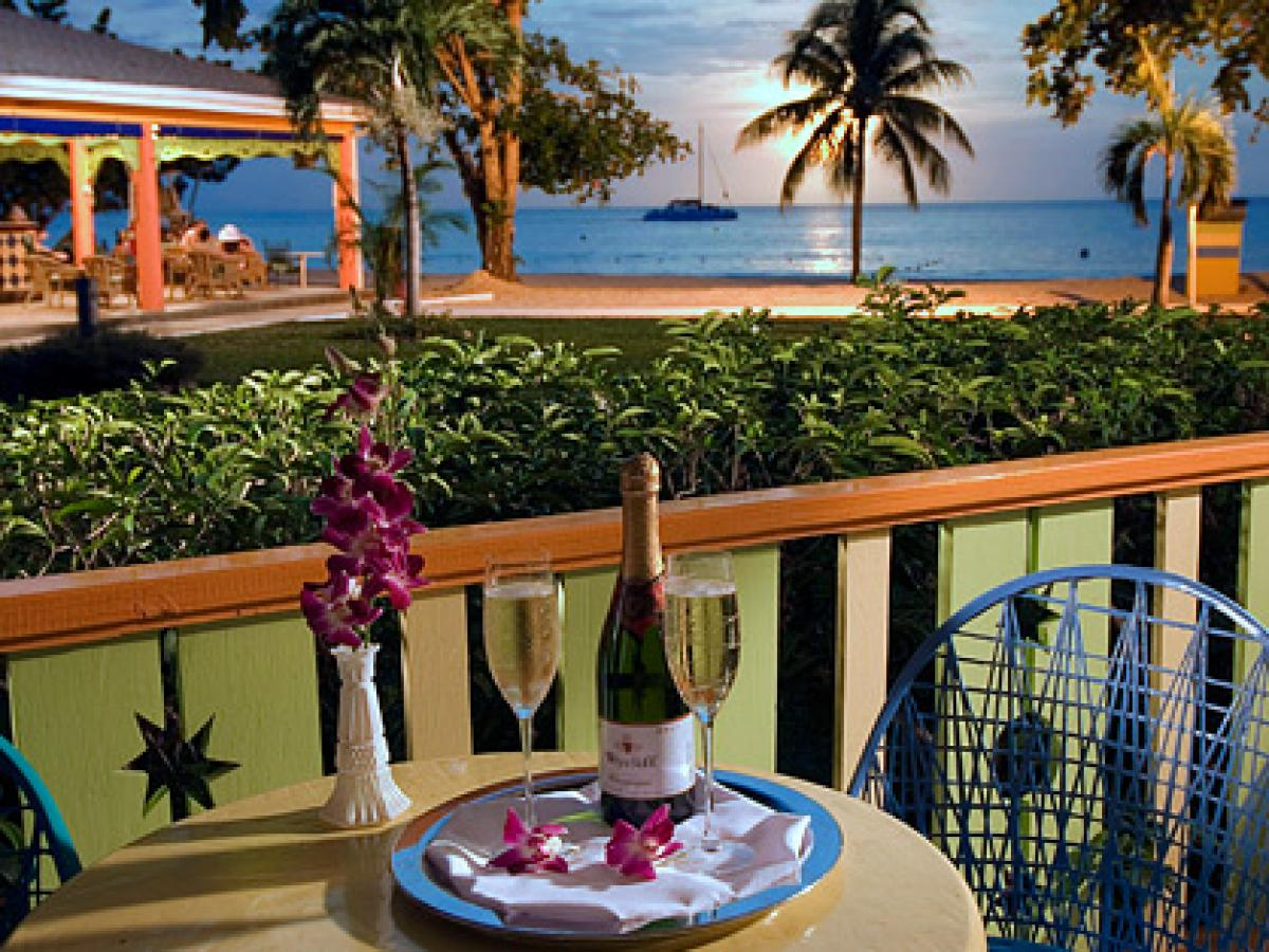 Grand Pineapple Beach Negril Jamaica -Beachside Manor Room