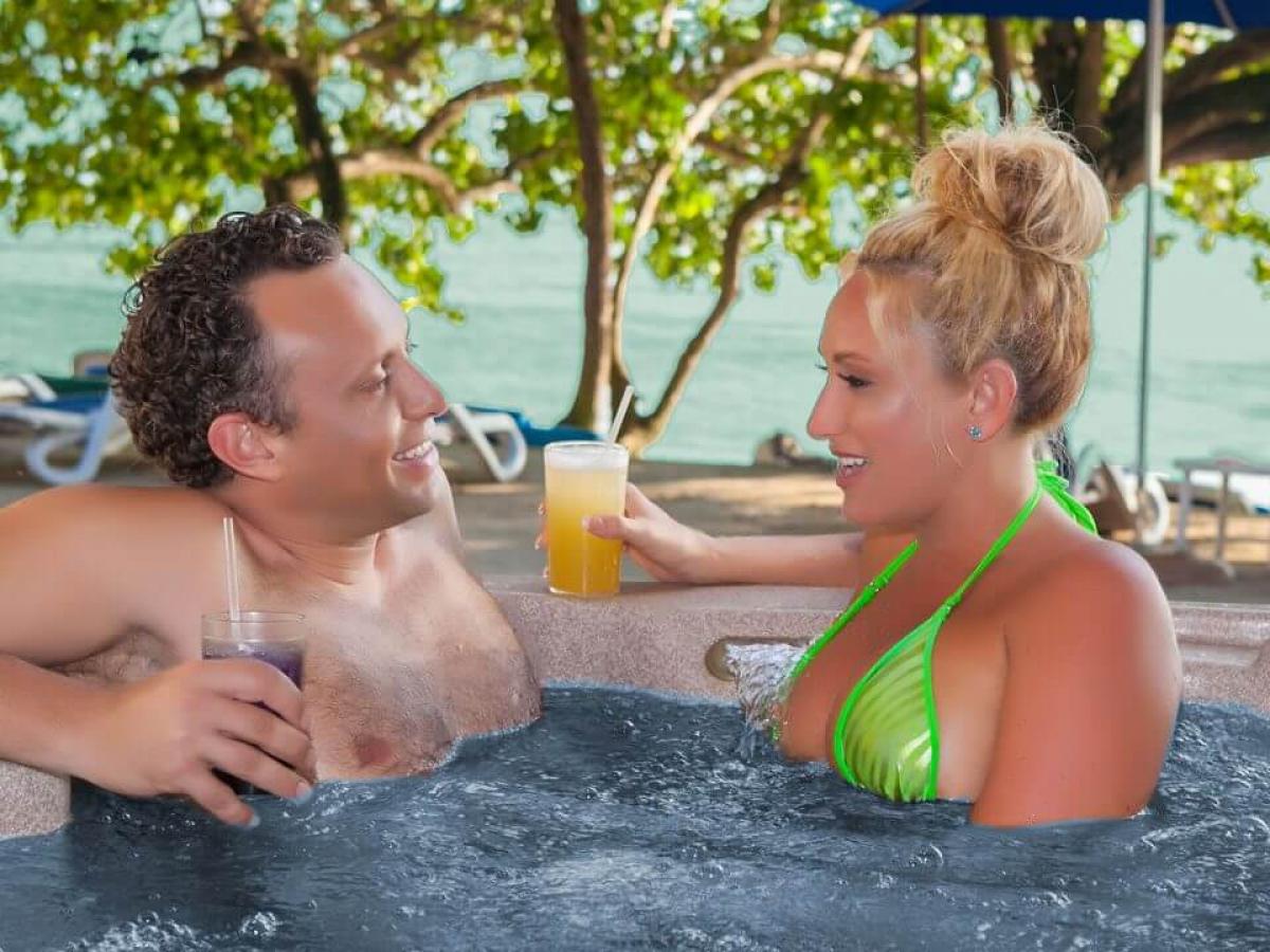 Hedonism Prude Ocean View Au Natural Hot Tub Premium