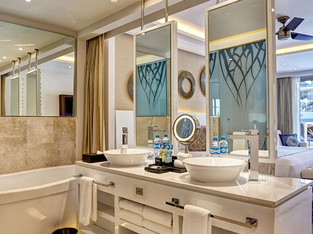 Hidaway at Royalton Negril jamaica - Luxury Junior Suite Ocean V