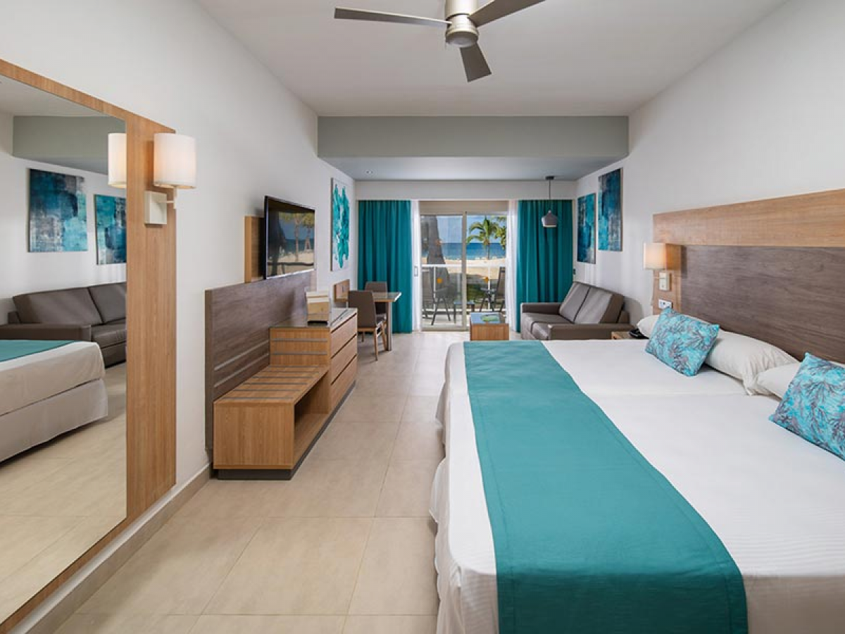 Riu Palace Tropical Bay Jr Suite ocean front