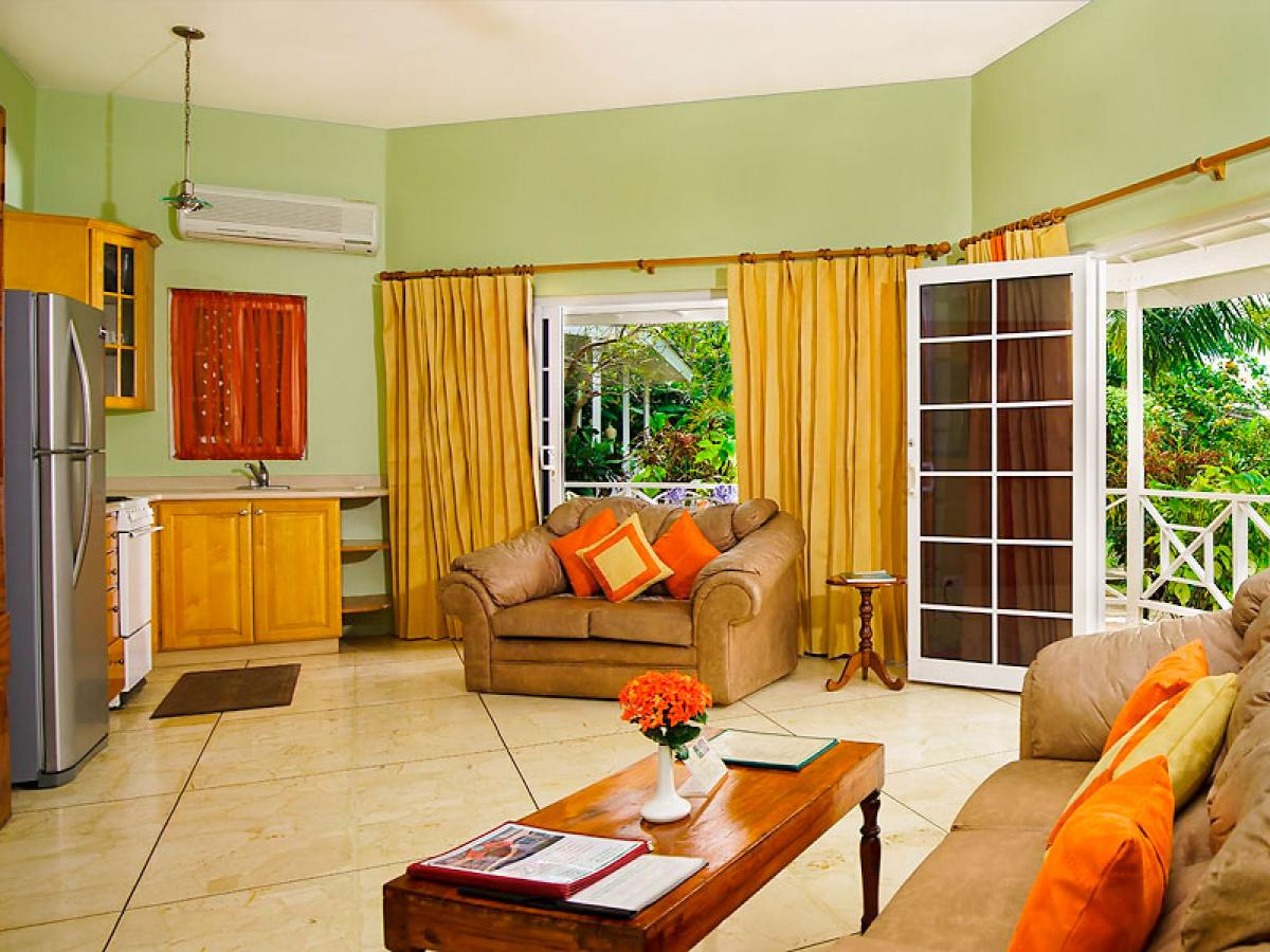 Rondel Village Negril Jamaica - Beachfront One Bedroom Villa Living Room