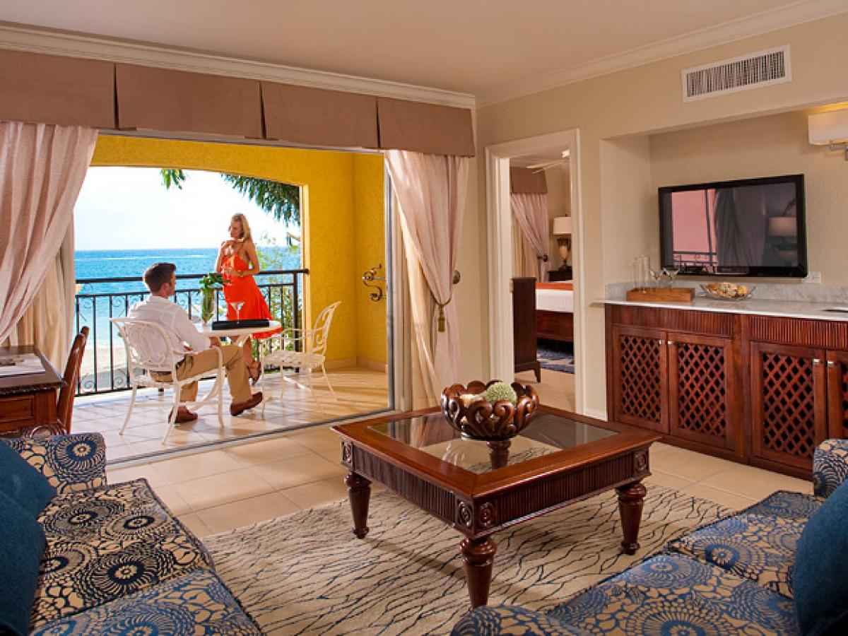 Sandals Whitehouse Negril Jamaica - Honeymoon Beachfront One Bedroom Butler Suit