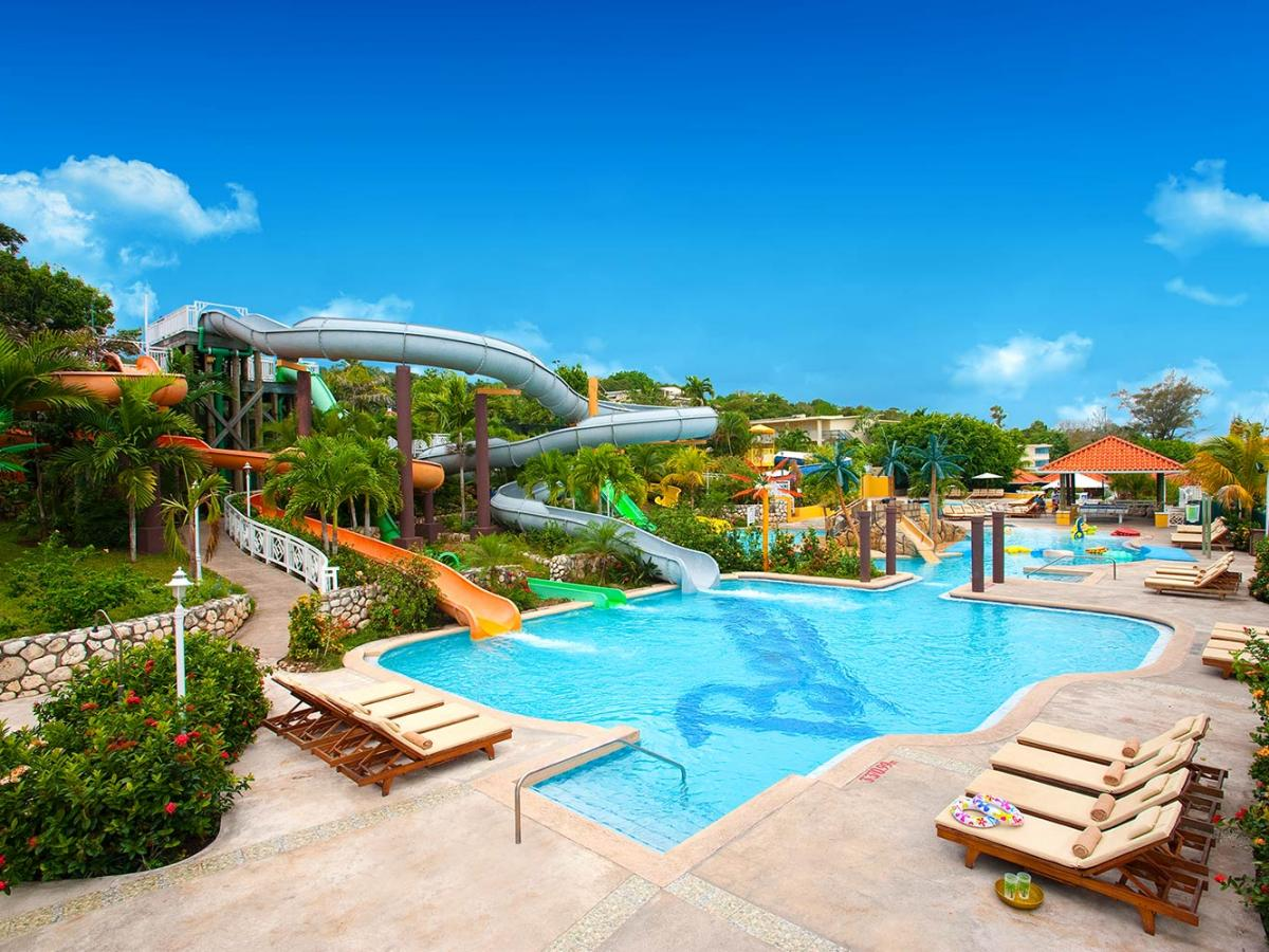 Beaches Ocho Rios Jamaica - Swimming Pools