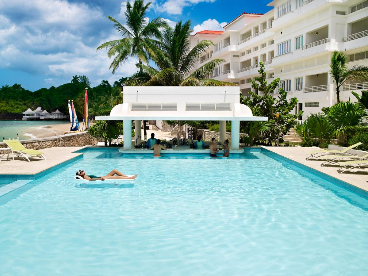 Couples Tower Isle Ocho Rios Jamaica - Swim Up Pool Bar