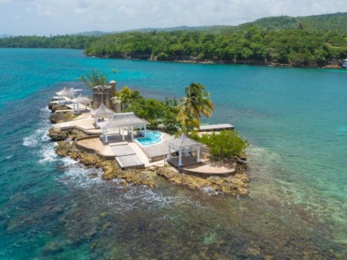 Couples Tower Isle Ocho Rios Jamaica - All Natural Island Bar