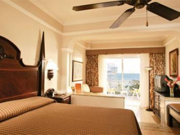 Riu Ocho Rios Jamaica - Junior Suite  Oceanfront