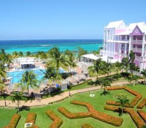 Riu Ocho Rios - Deluxe Side of Resort