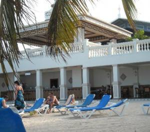 Riu Ocho Rios- Beach Bar