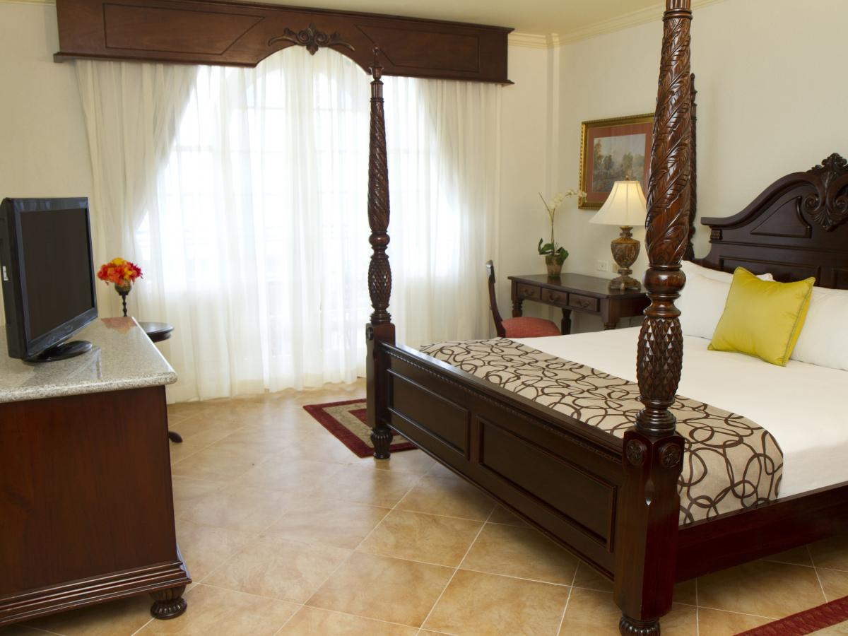 Jewel Dunn's River Beach Resort & Spa Ocho Rios Jamaica - Premier Guest Room