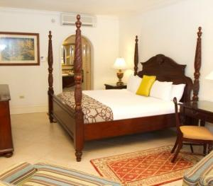 Jewel Dunn's Rivier Beach Resort & Spa - Emerald Lanai Room