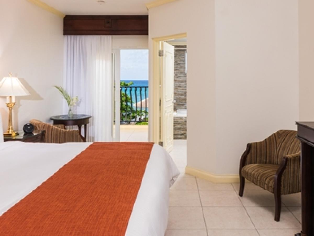 Jewl Paradise Cove Beach Resort & Spa - Oceanview Room
