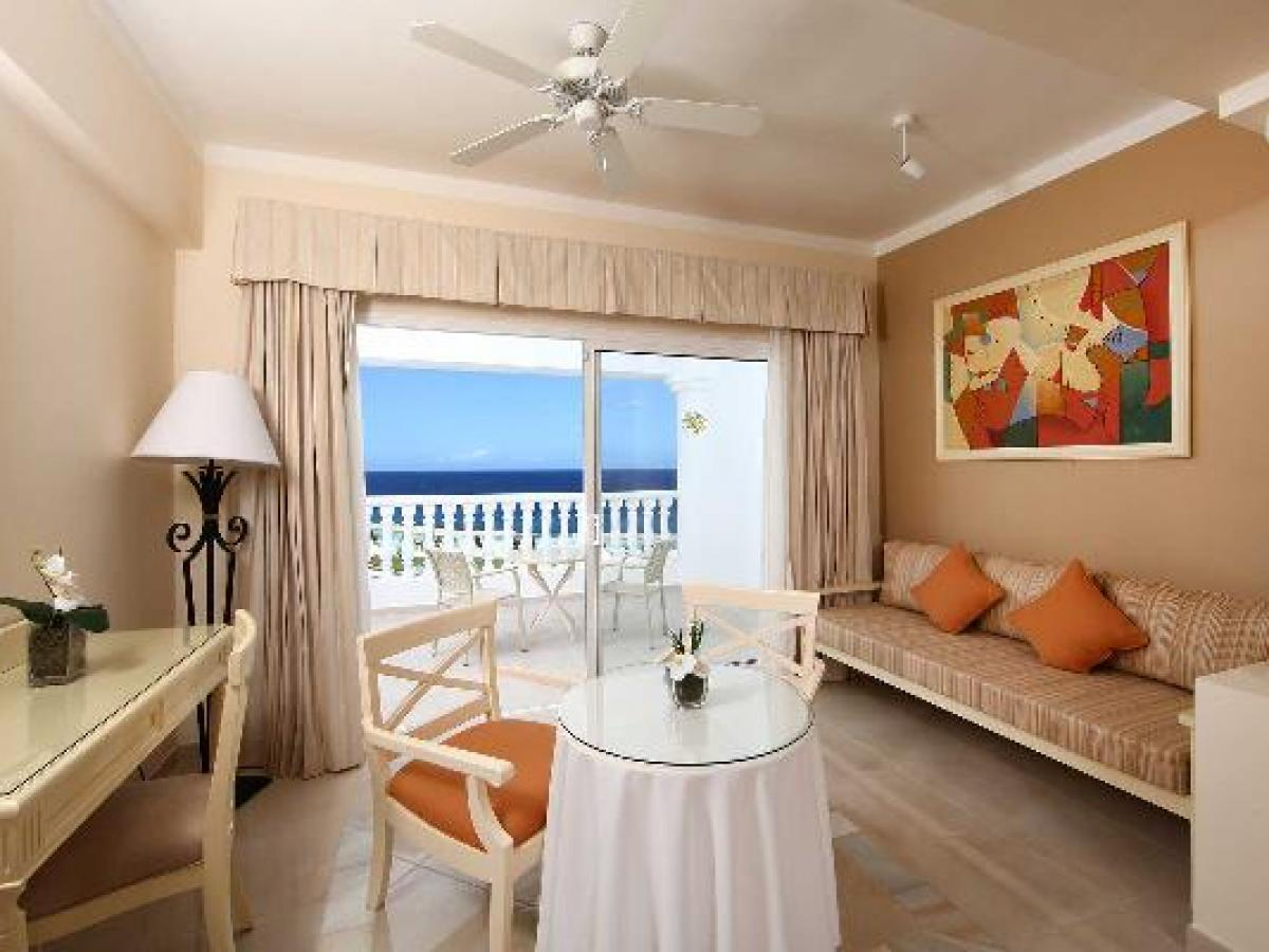 Luxury Bahia Principe Runaway Bay Jamaica - Junior Suite Deluxe SeaView