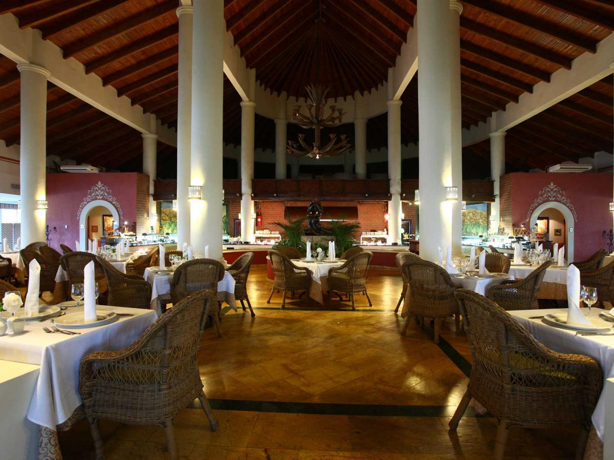 Luxury Bahia Principe Runaway Bay - Runaway Bay | STSVacations