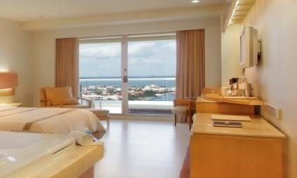 Beach Palace Cancun - Superior Deluxe Lagoon View