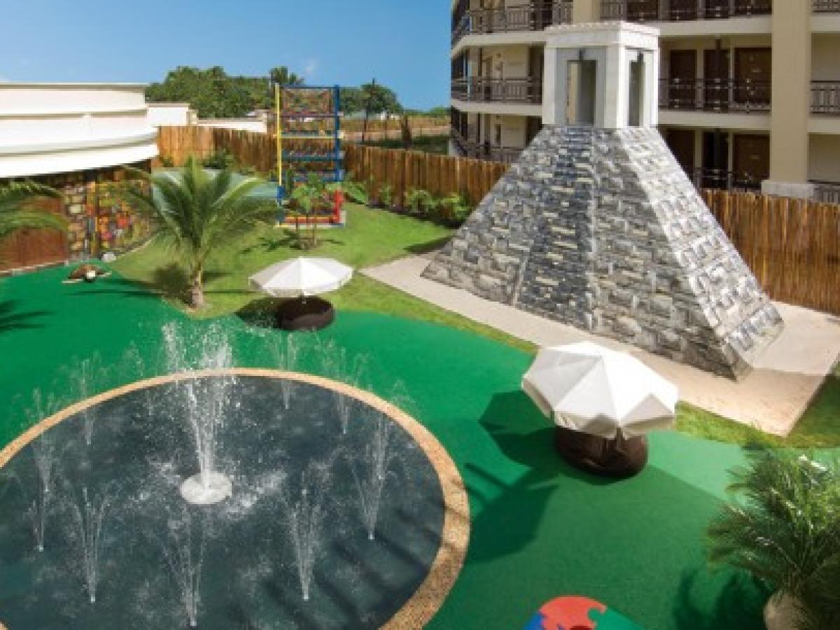 Dreams Riviera Cancun Resort & Spa - Explorer's Club
