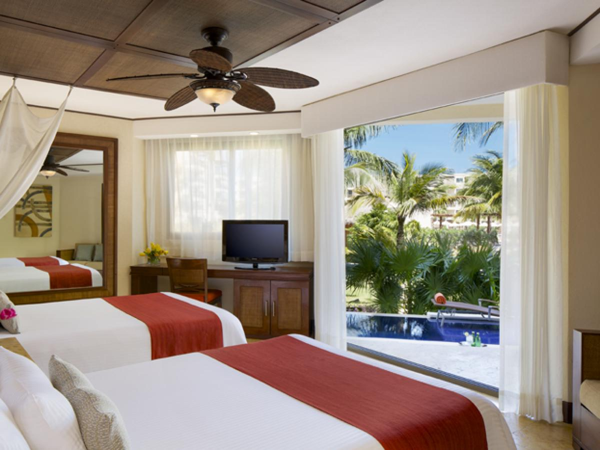 Dreams Riviera Cancun Resort & Spa - Premium Deluxe Room with Plunge Poo