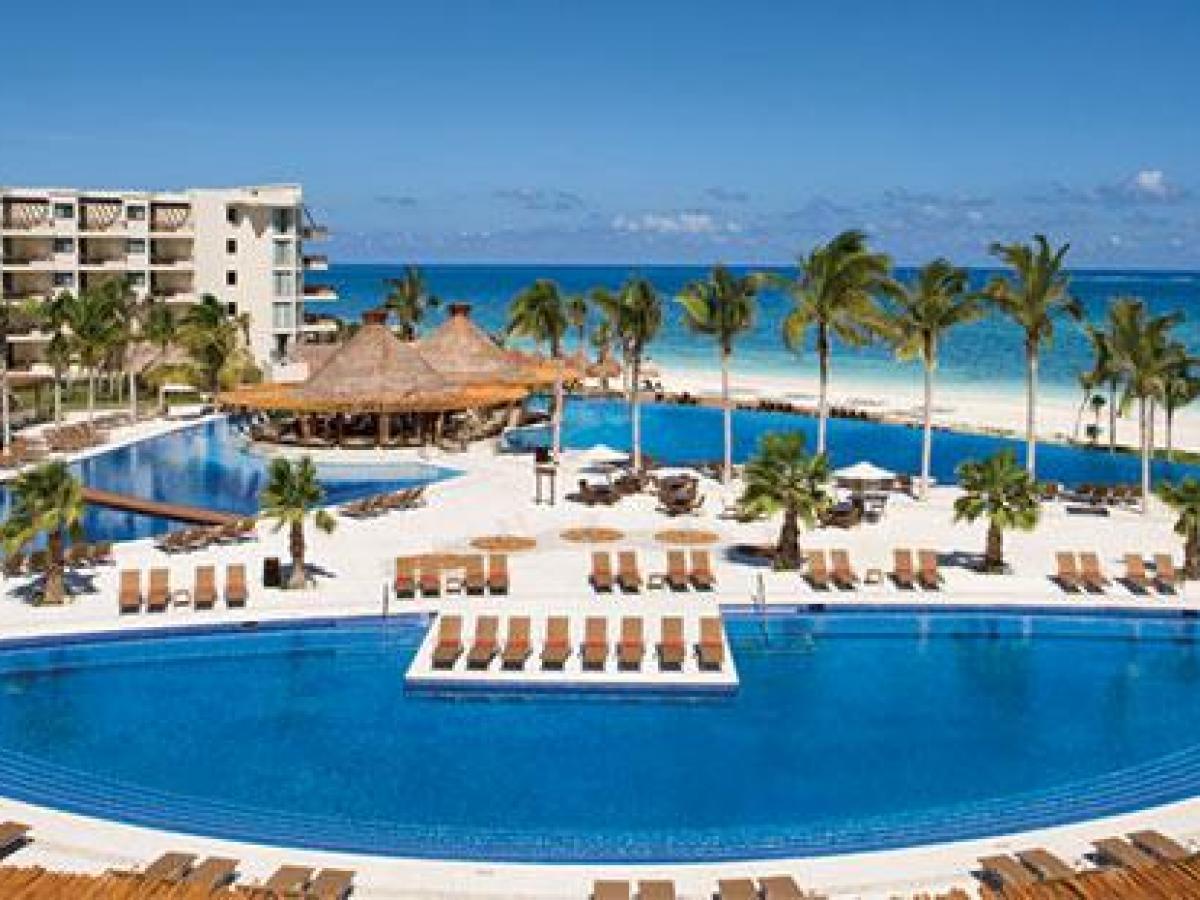 Dreams Riviera Cancun Resort & Spa - Swimming Pools