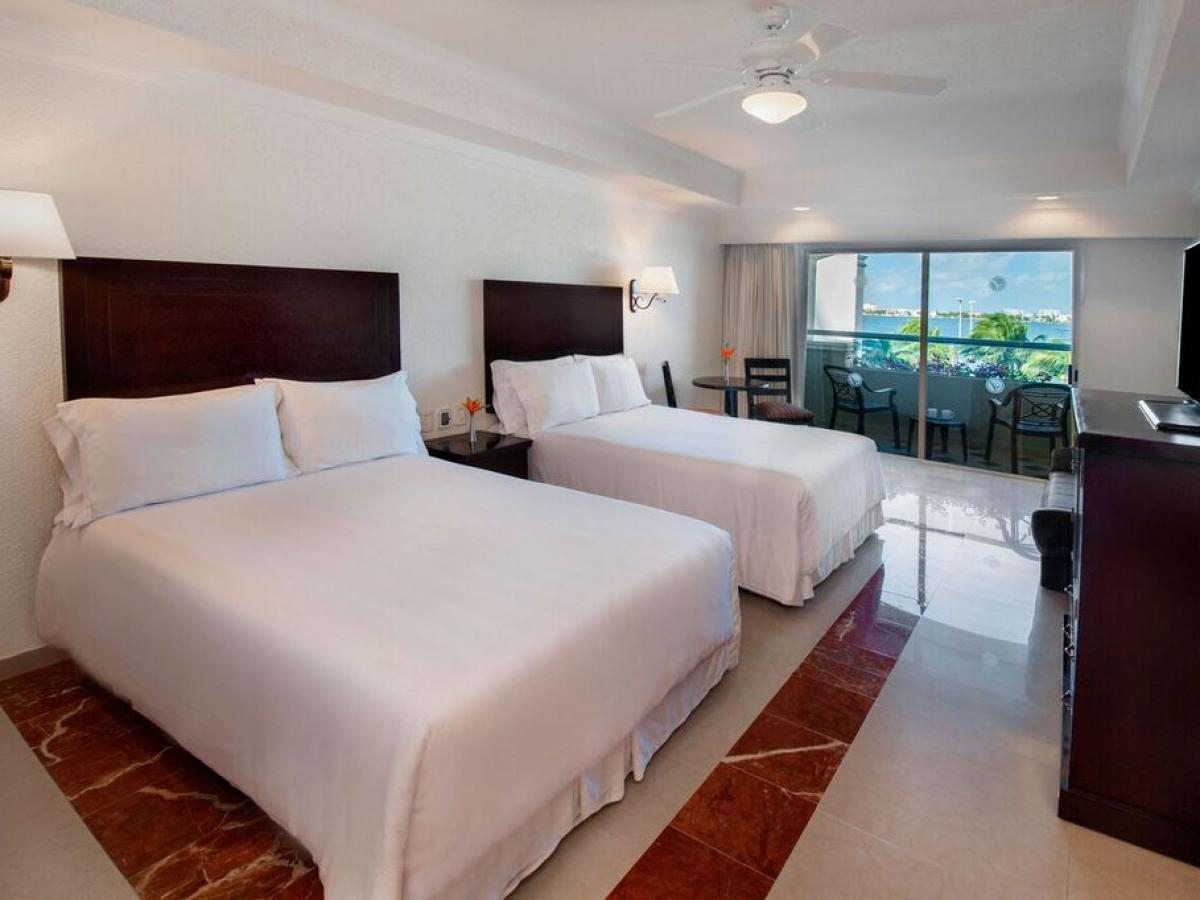 Panama Jack Resort Gran Caribe Cancun - Standard Room