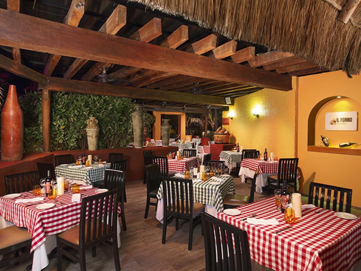 Grand Oasis Cancun Mexico - Il Forna Dos Lunas