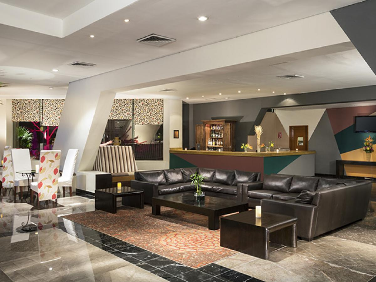 Grand Oasis Cancum Mexico - VIP Lounge