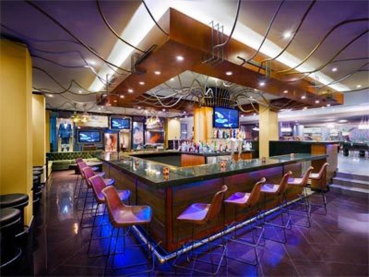 Hard Rock Cancun Mexico - Splash Bar