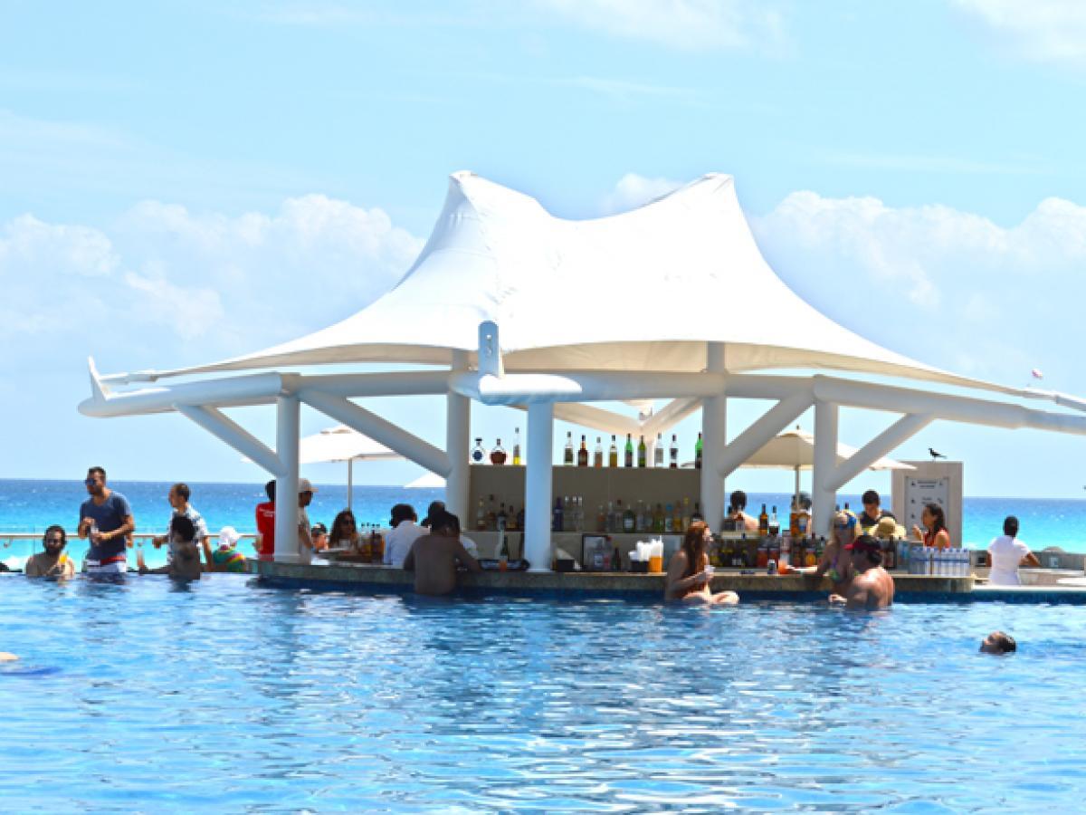 Hard Rock Cancun Mexico - Pool Bar