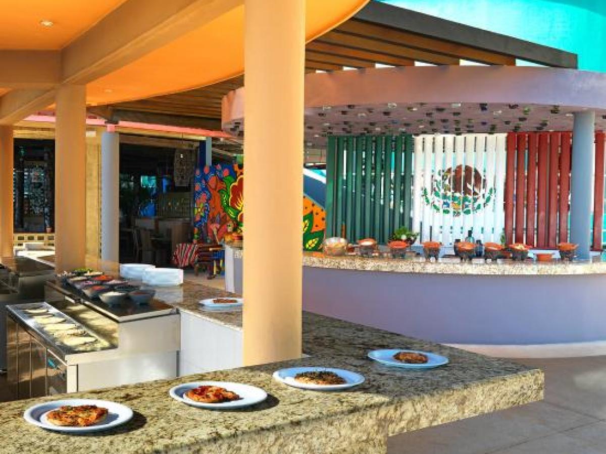 Hard Rock Cancun Mexico - Diego Bar