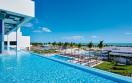 pisicina hotel riu palace costa mujeres swimupbar