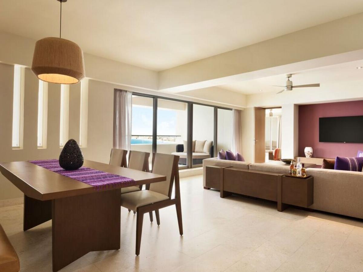 Hyatt Ziva Cancun Mexico - Ziva Ocean Front Master suite