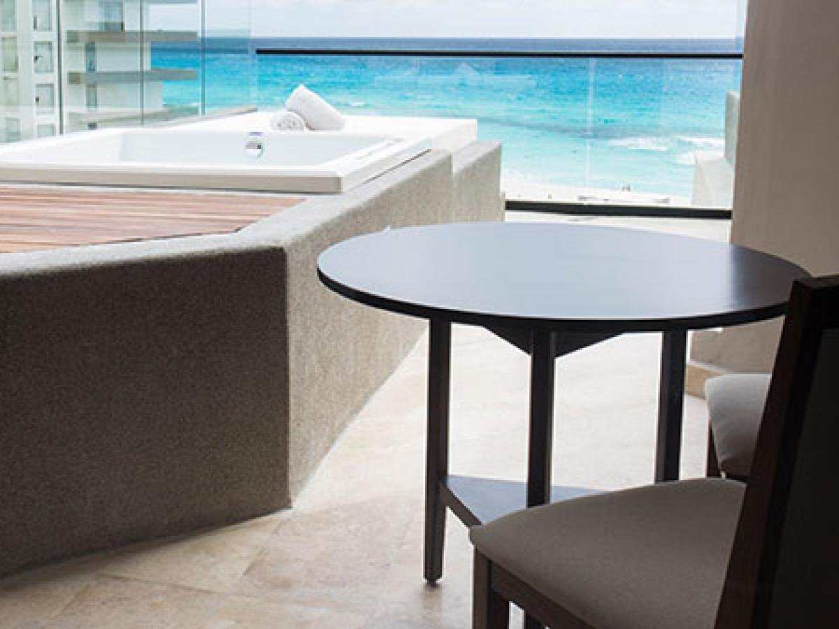 Melody Maker Cancun- Ocean View Terrace Suite