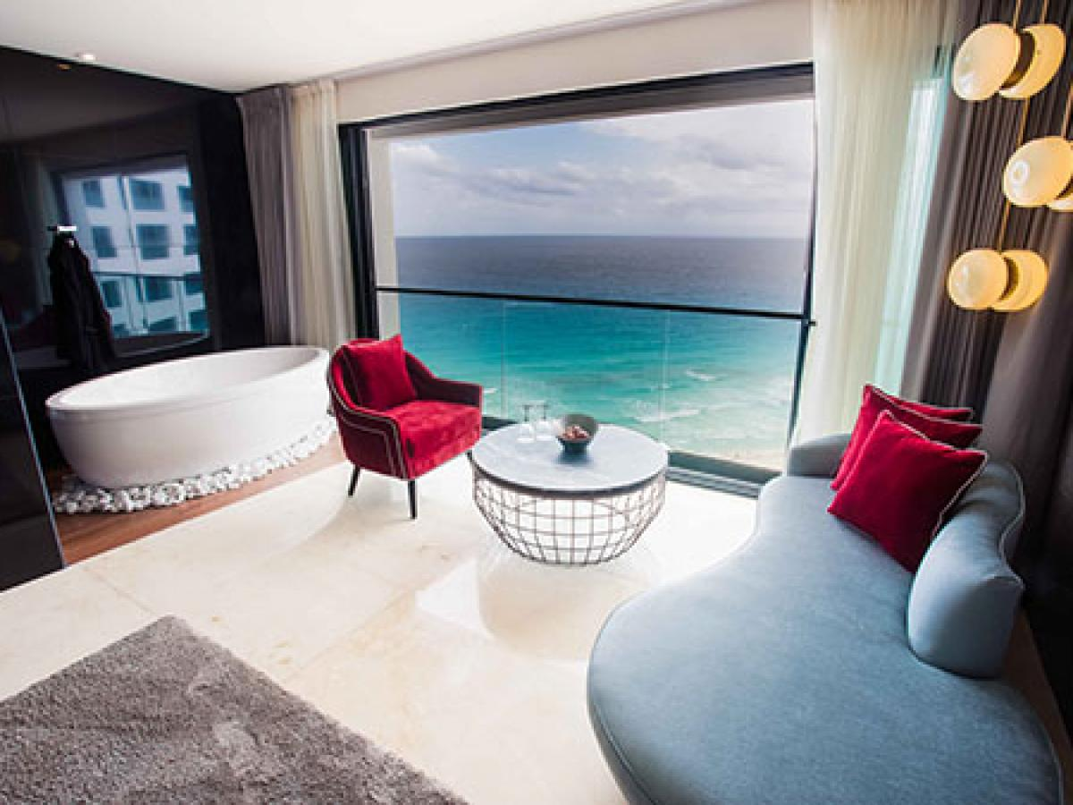 Melody Maker Cancun- Signature Ocean Front Junior Suite