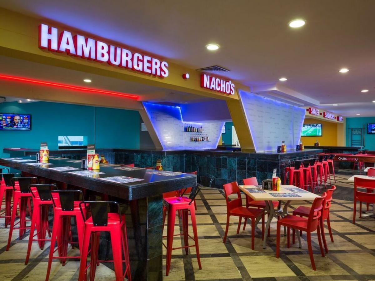 Oasis Cancun Lite Mexico - Scirocco Sports Bar